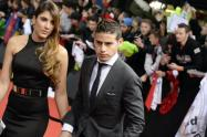 James and wife arrive at gala