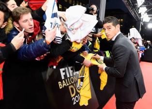 James signs jerseys