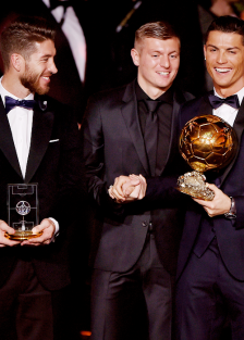 Kroos and Ronaldo giggling