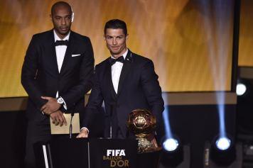 Ronaldo accepts his award