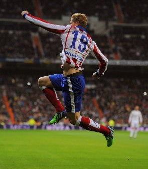 Torres jumps in the name of love