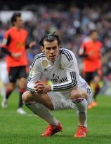 Bale squatting