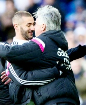 Benz awkward moment with Ancelotti