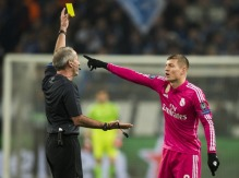 Kroos doesn't like his yellow card