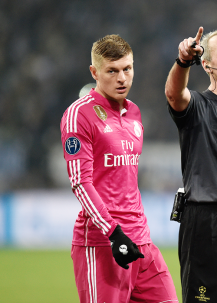 Kroos reacts to his booking