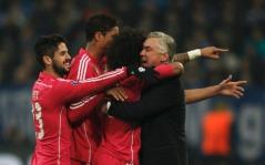 Marcelo and friends hug Ancelotti