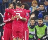 Marcelo gives Ronaldo kisses
