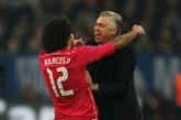 Marcelo hugs Ancelotti