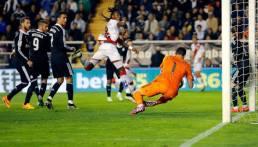 Casillas save