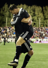 Ronaldo jumps James