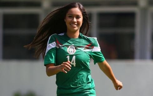 Ciudad de México, 29 de julio de 2014. Greta Espinoza, jugadora de la Selección femenil sub 20 que participará en el Mundial de la categoria Canadá 2014. Foto: Imago7/Hugo Avila
