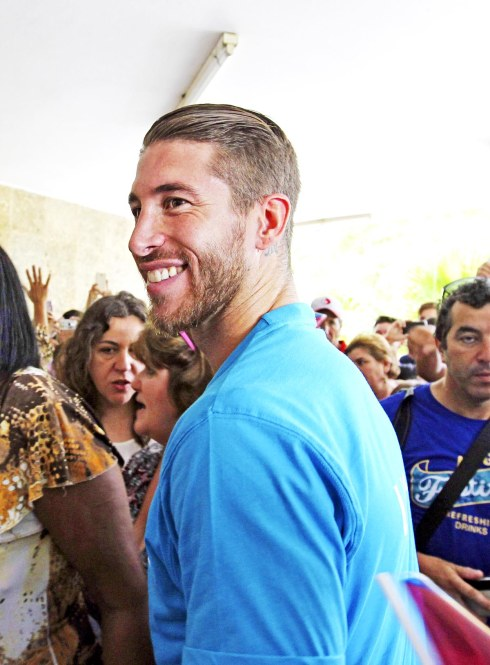 June 16, 2015 - Havana, Havana, Cuba - Spanish soccer player Sergio Ramos smiles as he arrives to the primary school 'Vo Thi Thang' in Havana (Cuba) on 16 June 2015. Ramos is in the island to visit projects by Unicef. (Credit Image: ?Alejandro Ernesto/EFE/ZUMA Wire)