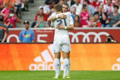 Bale hugs