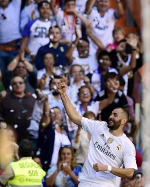 Benzema celebrates