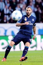 Benzema makes a pass