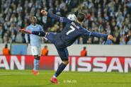 Cris attempts the volley