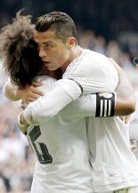 Cris hugs Marcelo