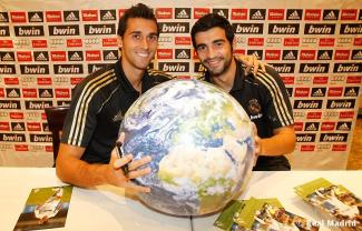 Arbeloa-and-Albiol-alvaro-arbeloa-and-raul-albiol-31496157-800-513