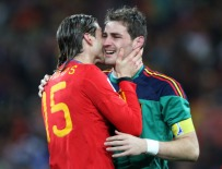 Football - Holland v Spain FIFA World Cup Final - South Africa 2010 - Soccer City Stadium, Johannesburg, South Africa - 11/7/10 Spain's Sergio Ramos (L) and Iker Casillas (R) celebrate winning the World Cup Mandatory Credit: Action Images / Matthew Childs Livepic