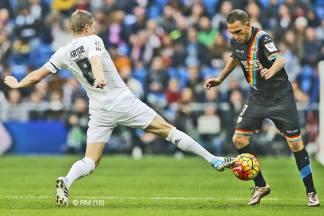 Kroos gets a foot in
