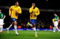 Robinho+Kaka+Republic+Ireland+v+Brazil+International+65RrBWgs3R-l
