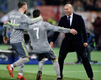 Cris goes for delighted Zizou