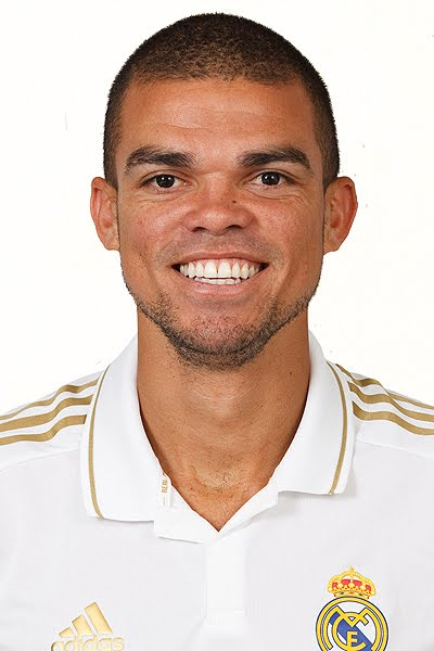 pepe-jersey-real-madrid-2011-2012-wallpaper