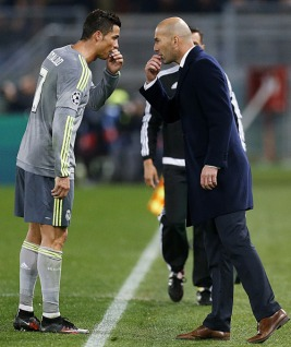 Ronnie and Zizou chat