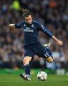Bale swings for one