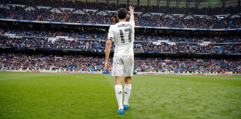 Arbeloa waves