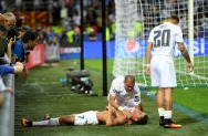 MILAN, ITALY - MAY 28: Cristiano Ronaldo of Real Madrid celebrates with team mate Pepe of Real Madrid anf Jese of Real Madrid after scoring the winning penalty during the UEFA Champions League Final match between Real Madrid and Club Atletico de Madrid at Stadio Giuseppe Meazza on May 28, 2016 in Milan, Italy. (Photo by Laurence Griffiths/Getty Images)