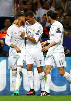 Sergio celebrates with Cris after scoring