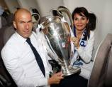 Zidane with the cup