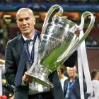 Zizou with his prize