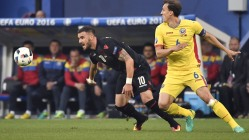 Albania's forward Armando Sadiku (L) and Romania's defender Vlad Chiriches vie for the ball during the Euro 2016 group A football match between Romania and Albania at the Parc Olympique Lyonnais stadium in Lyon on June 19, 2016. / AFP / jeff pachoud (Photo credit should read JEFF PACHOUD/AFP/Getty Images)