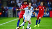 SAINT-ETIENNE, FRANCE - JUNE 20: Vladimir Weiss of Slovakia controls the ball under pressure of Dele Alli of England during the UEFA EURO 2016 Group B match between Slovakia and England at Stade Geoffroy-Guichard on June 20, 2016 in Saint-Etienne, France. (Photo by Dan Mullan/Getty Images)