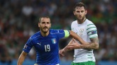 LILLE, FRANCE - JUNE 22: Leonardo Bonucci of Italy and Daryl Murphy of Republic of Ireland tussle during the UEFA EURO 2016 Group E match between Italy and Republic of Ireland at Stade Pierre-Mauroy on June 22, 2016 in Lille, France. (Photo by Claudio Villa/Getty Images)