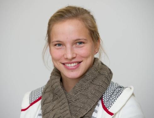 Tabea Kemme Spielerin des 1. FC Turbine Potsdam, aufgenommen am 03.12.2013, sie ist neue Botschafterin der Stiftung «Hilfe für Familien in Not», in Potsdam (Brandenburg). Foto: Patrick Pleul/dpa