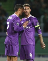 cris-and-sergio-getting-comfy
