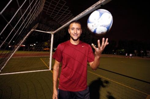 12/10/15 /REDONDO BEACH/Soccer player Jeffrey Payeras (Photo by Aurelia Ventura/La Opinion)