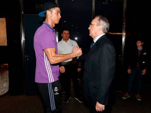 """""""No pressure or anything, Cris."""""""