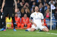 marcelo-hits-his-knees